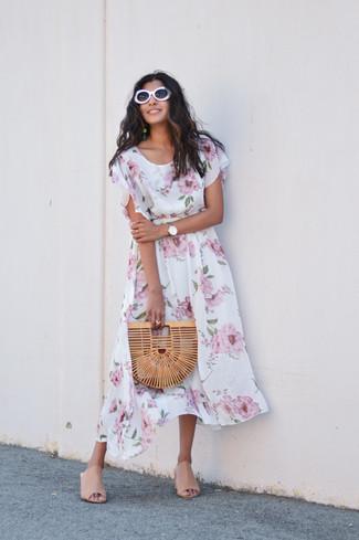 Comment porter: robe midi à fleurs blanche, mules en cuir beiges, pochette de paille marron clair, lunettes de soleil blanches
