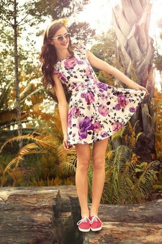 Robe patineuse à fleurs blanche ASOS DESIGN