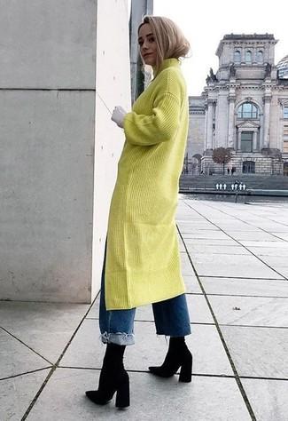 Comment porter: robe-pull chartreuse, jean boyfriend bleu, bottines élastiques noires