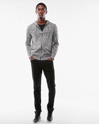Comment porter: sweat à capuche gris, t-shirt à col rond noir, jean noir, baskets montantes en cuir noires