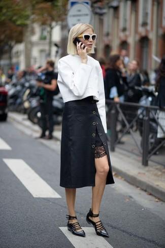 Comment porter: sweat-shirt blanc, jupe mi-longue noire, ballerines en cuir noires, lunettes de soleil noires et blanches