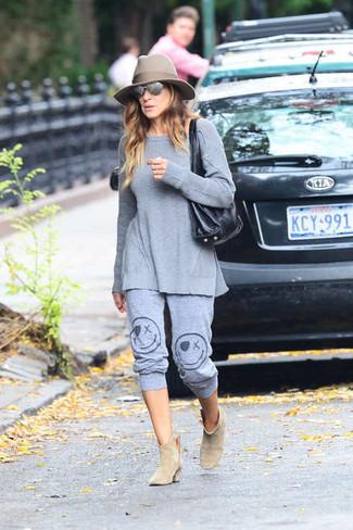 Tunique pantalon de jogging bottines sac fourre tout chapeau large 4993