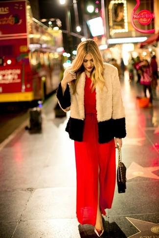 Comment porter une veste longue rouge