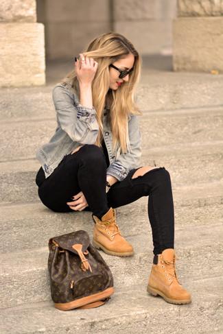 ... Jean skinny déchiré noir, Bottines plates à lacets en daim marron  clair, Sac à dos en cuir imprimé marron foncé   Mode femmes   Lookastic  France 83d99834a42