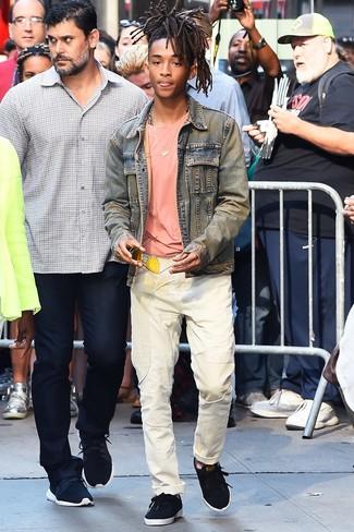 Veste en jean bleu clair t shirt a col rond rose jean blanc large 26341