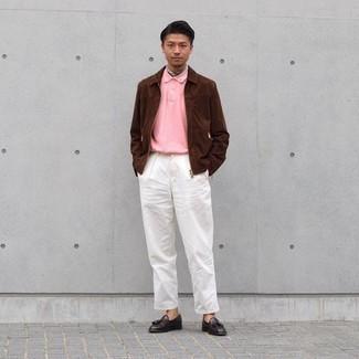 Comment porter un bandana: Pense à porter une veste harrington en daim marron et un bandana pour un look confortable et décontracté. Rehausse cet ensemble avec une paire de mocassins à pampilles en cuir marron foncé.