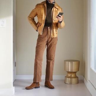 Comment s'habiller en automne: Essaie de marier une veste harrington marron clair avec un pantalon chino marron clair pour affronter sans effort les défis que la journée te réserve. Une paire de des bottines chelsea en daim marron ajoutera de l'élégance à un look simple. Nous trouvons que pour pour les journées automnales cette tenue est idéale.