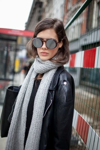 Écharpe en tricot grise Fendi