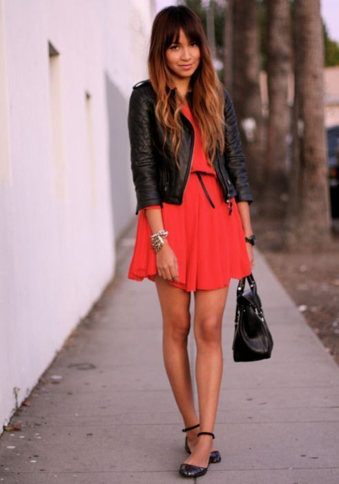 Robe rouge style patineuse