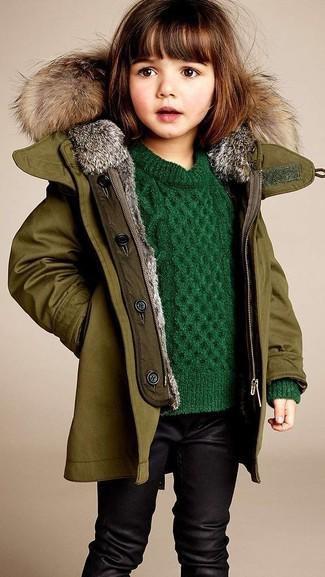 Comment porter: veste olive, pull vert, leggings noirs