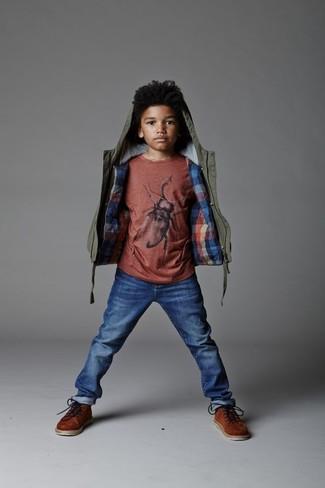 Comment porter: veste olive, t-shirt rouge, jean bleu, bottes marron
