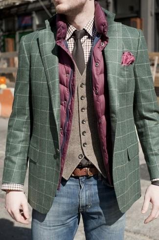 Comment porter: veste sans manches matelassée pourpre, blazer écossais vert foncé, gilet en laine marron, chemise de ville écossaise marron