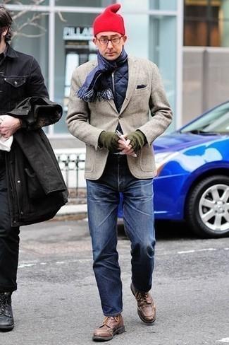 Comment porter un jean avec des bottes de loisirs: Choisis une veste sans manches matelassée bleu marine et un jean pour une tenue idéale le week-end. Une paire de des bottes de loisirs rendra élégant même le plus décontracté des looks.