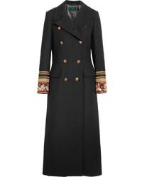 Manteau brodé