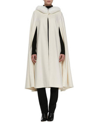 Manteau cape blanc