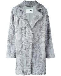 Manteau de fourrure gris
