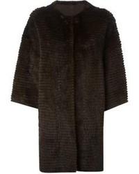 Manteau de fourrure marron foncé