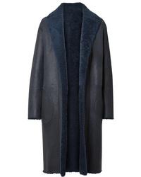 Manteau en peau de mouton retournée bleu marine Akris