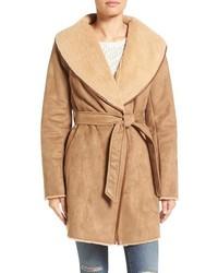 Manteau en peau de mouton retournée marron clair