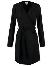 Manteau noir Object