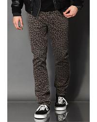 Pantalon chino imprimé léopard marron