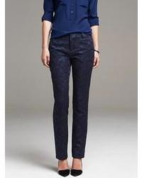 Pantalon de costume à fleurs bleu marine