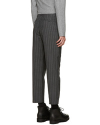 Pantalon de costume en laine à rayures verticales gris foncé Nanamica