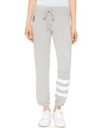 Pantalon de jogging à rayures horizontales gris