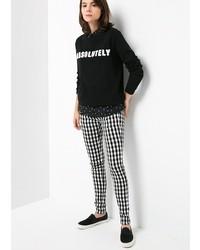 Pantalon slim à carreaux noir et blanc