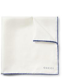 Pochette de costume en soie blanc et bleu Gucci