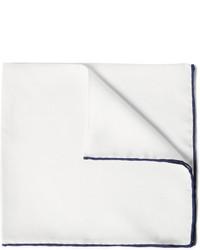 Pochette de costume en soie blanche