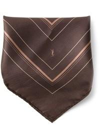 Pochette de costume marron foncé