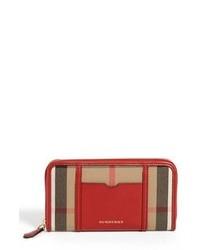 Pochette écossaise rouge