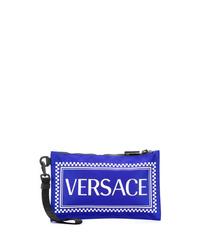 Pochette en cuir imprimée bleue Versace