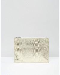 Pochette en cuir imprimée serpent dorée Asos