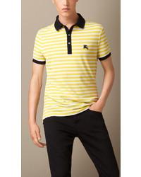 Polo à rayures horizontales jaune