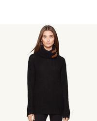 Pull à col roulé en laine noir