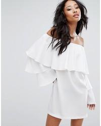 Robe à épaules dénudées blanc PrettyLittleThing