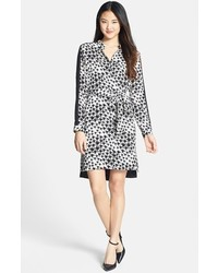Robe chemise en chiffon imprimée léopard noire et blanche