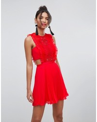 Robe de cocktail en chiffon rouge Asos