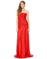 Robe de soirée en satin rouge