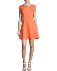 Robe évasée orange