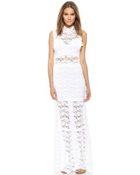 Robe longue en dentelle blanche