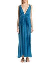 Robe longue en soie bleu canard