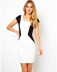 Robe moulante blanche et noire original 3145317