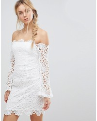 Robe moulante en dentelle blanche Glamorous