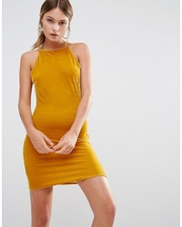 Robe moulante en velours moutarde Missguided