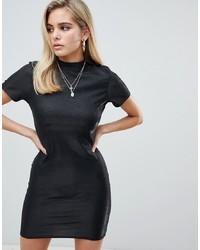 Robe moulante noire PrettyLittleThing