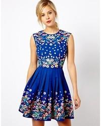 Robe patineuse à fleurs bleue