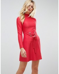 Robe patineuse rouge Asos